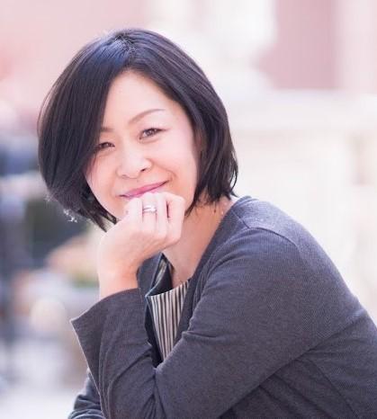 高田佳寿子